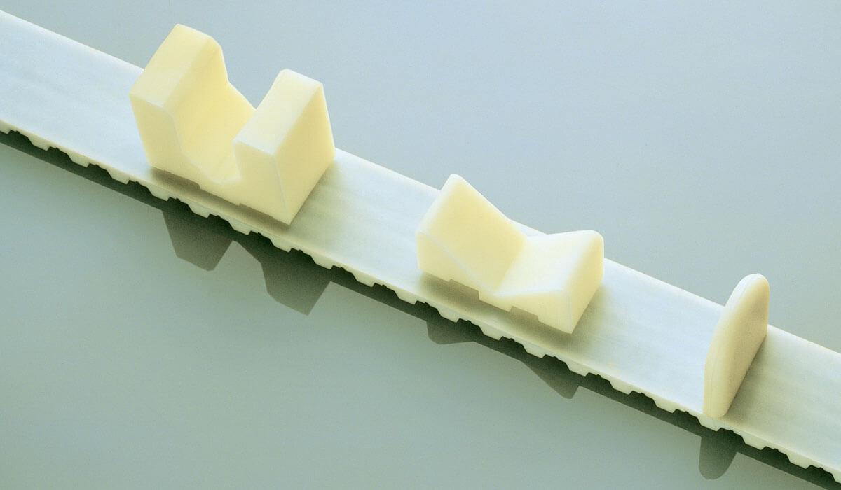 Cinghie speciali in poliuretano Sit-Elatech con tasselli